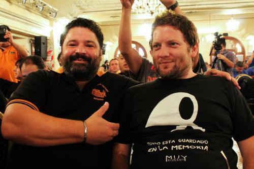 Noveno Plenario de Delegados. Compañeros Carlos Vallés y Federico Calderón, obreros aceiteros en la planta Lagos de Louis Dreyfus.