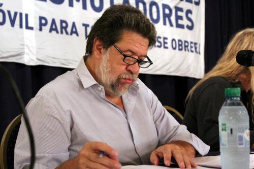 Panel: Rol del dirigente y actualidad del movimiento obrero. Claudio Lozano, economista, Diputado Nacional (MC) UP.