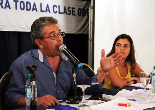 Panel: Conflictos sindicales. El rol de los delegados. Con Rafael Vargas, Agustín Lecchi, Giselle Santana, Mirta Jaime y Ernesto Contreras. Coordinador: Adrián Dávalos.