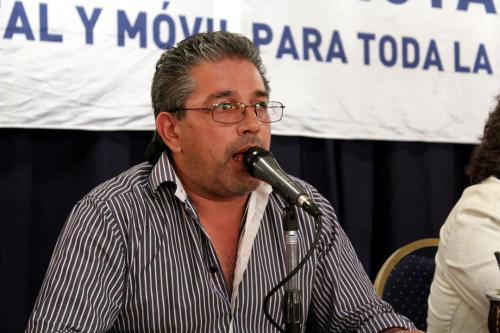Adrián Dávalos.